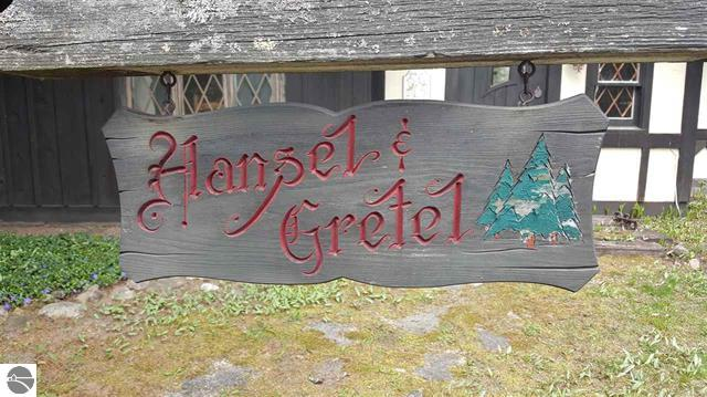 Hansel & Gretel Model